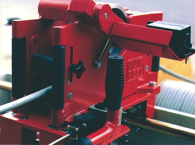 SCW Manual Linear Transverser Device